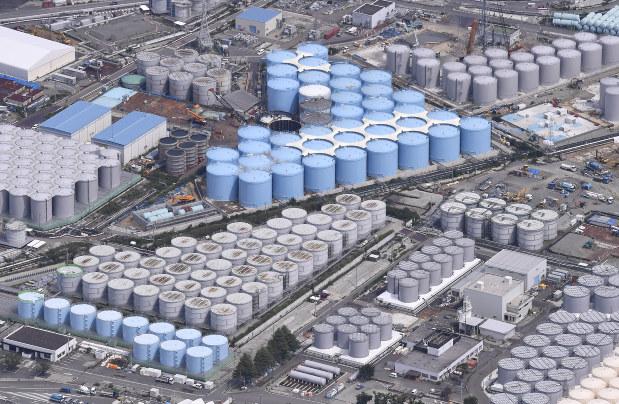福島第一原発・汚染水タンク